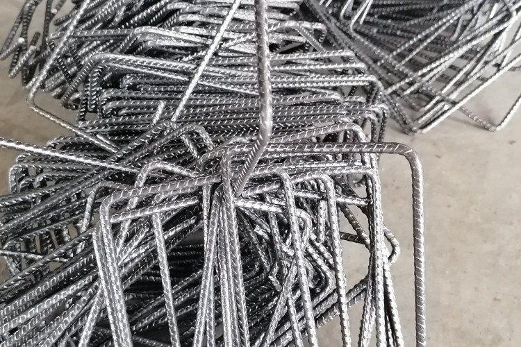 Strzemiona -budowlane np. 20x20 cm
